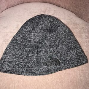 Accessories - The North Face beanie NWOT